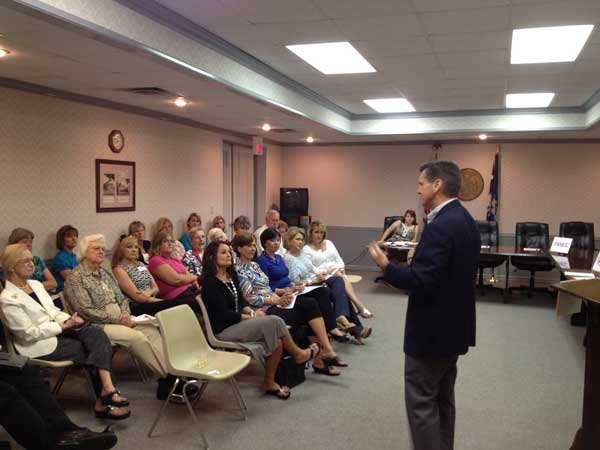 Republican Women Hear from Senator Davis