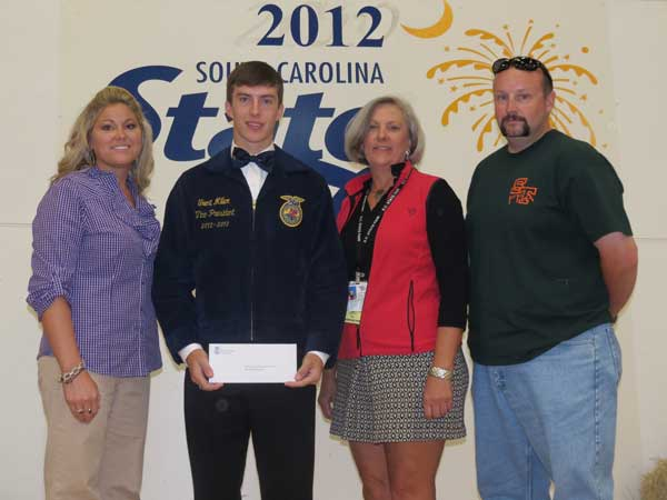 Edgefield's Miller Wins SC Association of Fairs Scholarship