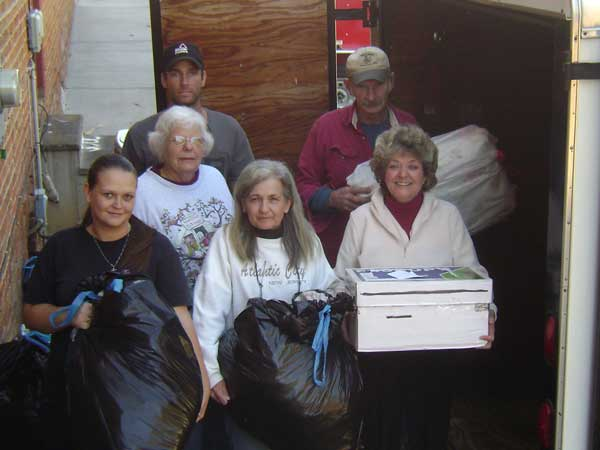 Children's Hope Store Delivers Aid Materials to Sandy Victims