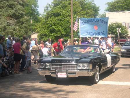 "43rd Trenton Ridge Peach Festival – ""New and Lasting Friendships"""