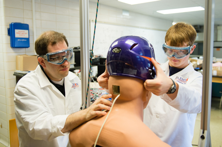 Student Research takes Aim at Concussions