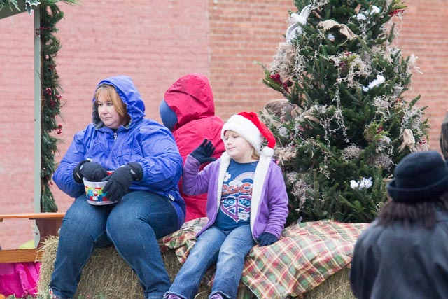 Edgefield Christmas Parade 2013-133