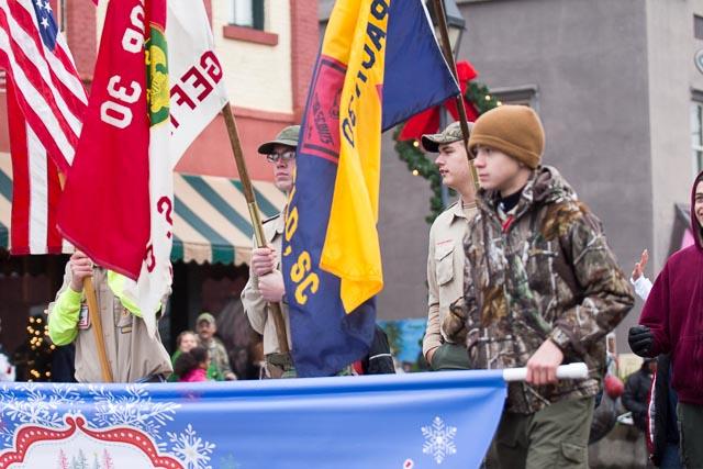 Edgefield Christmas Parade 2013-27