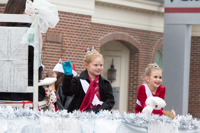 Edgefield Christmas Parade 2013-91