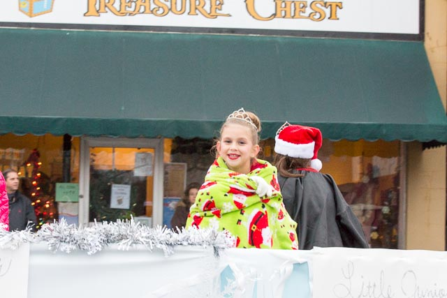 Edgefield Christmas Parade 2013-93