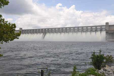 Hwy 221 Lane Closing for Spillway Gate Repairs at Thurmond Dam
