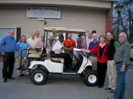 Trenton Unveils New Golf Cart