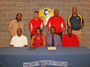 Holmes-Scholarship