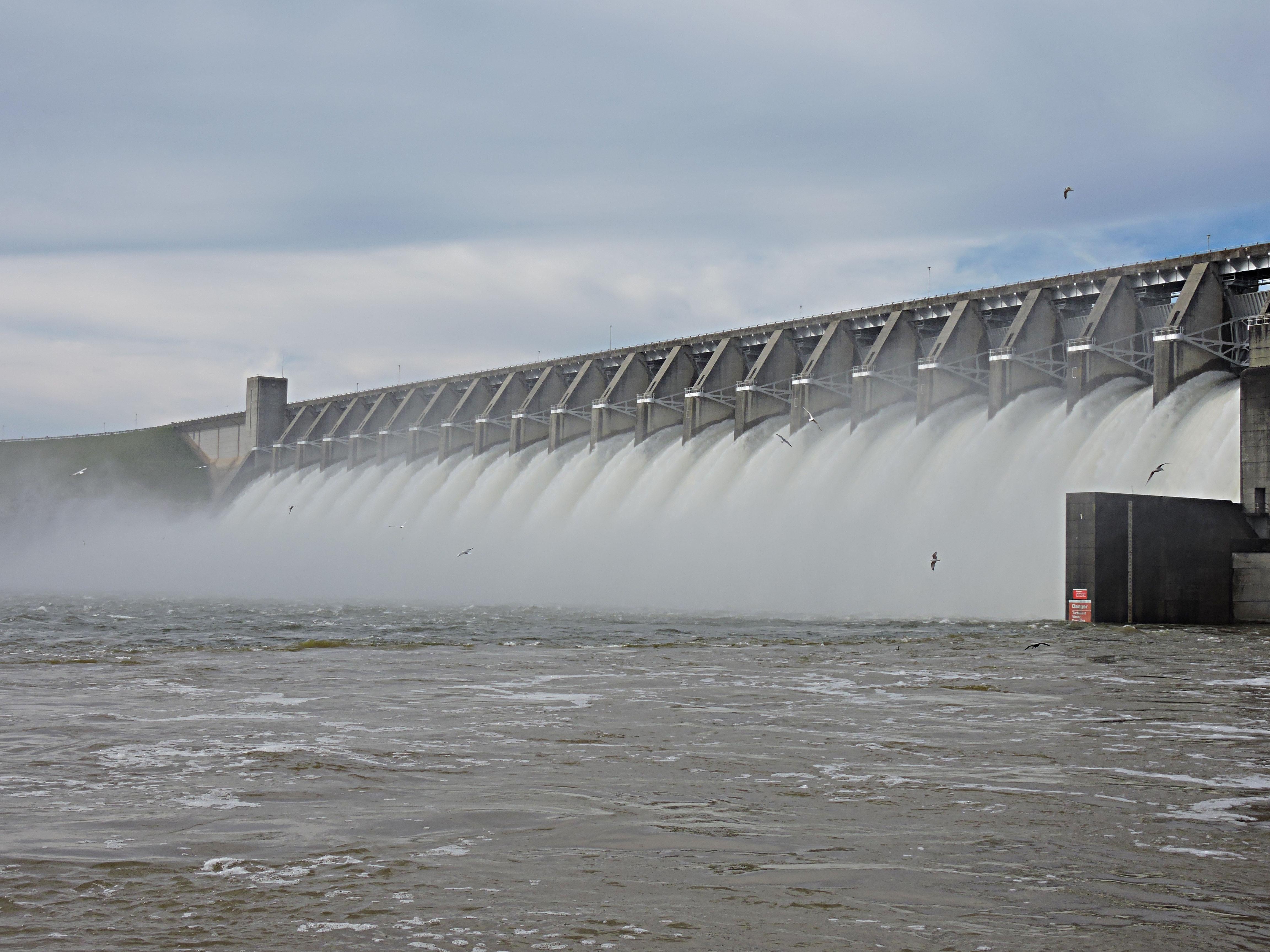 dam below