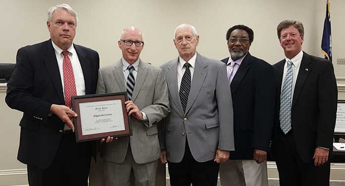 Edgefield County receive first place award for prompt reporting of claims