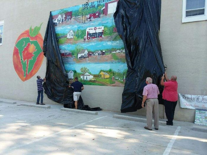 Trenton Council Unveils Mural of Town of Days Gone By