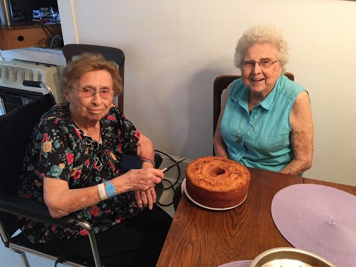 Celebrated Nonagenarians Enjoy a Kitchen Peach Fest