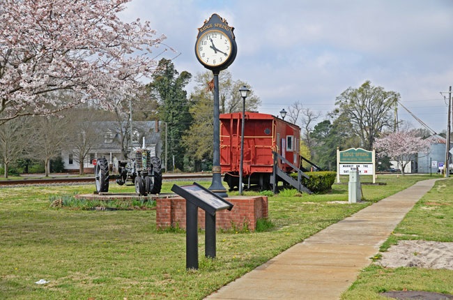 Town of Ridge Spring, City of Greenwood Receive CDBG Grant Awards for Projects
