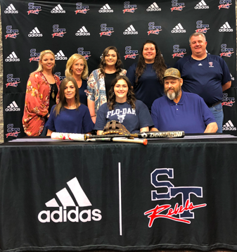 Easler Signs With Florence Darlington Tech