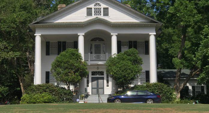EPA Sponsors Tour of Homes & Historic Places